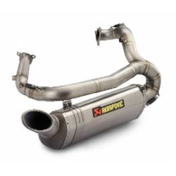 Echappement racing Akrapovic